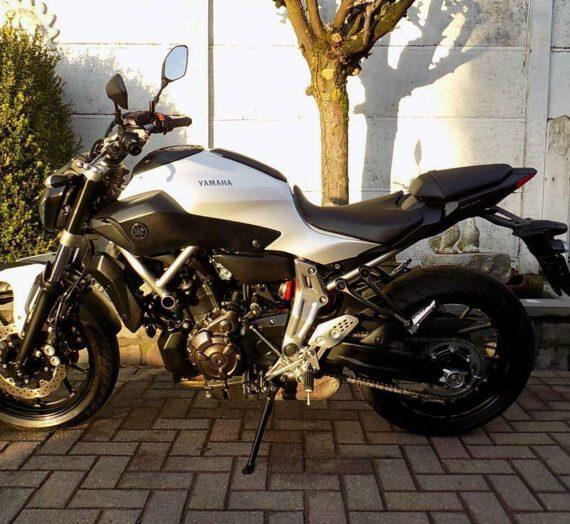Yamaha mt07 (2015) VERKOCHT!!!