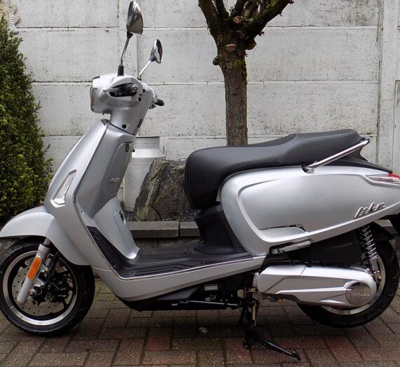 kymco like 125cc  VERKOCHT!!!