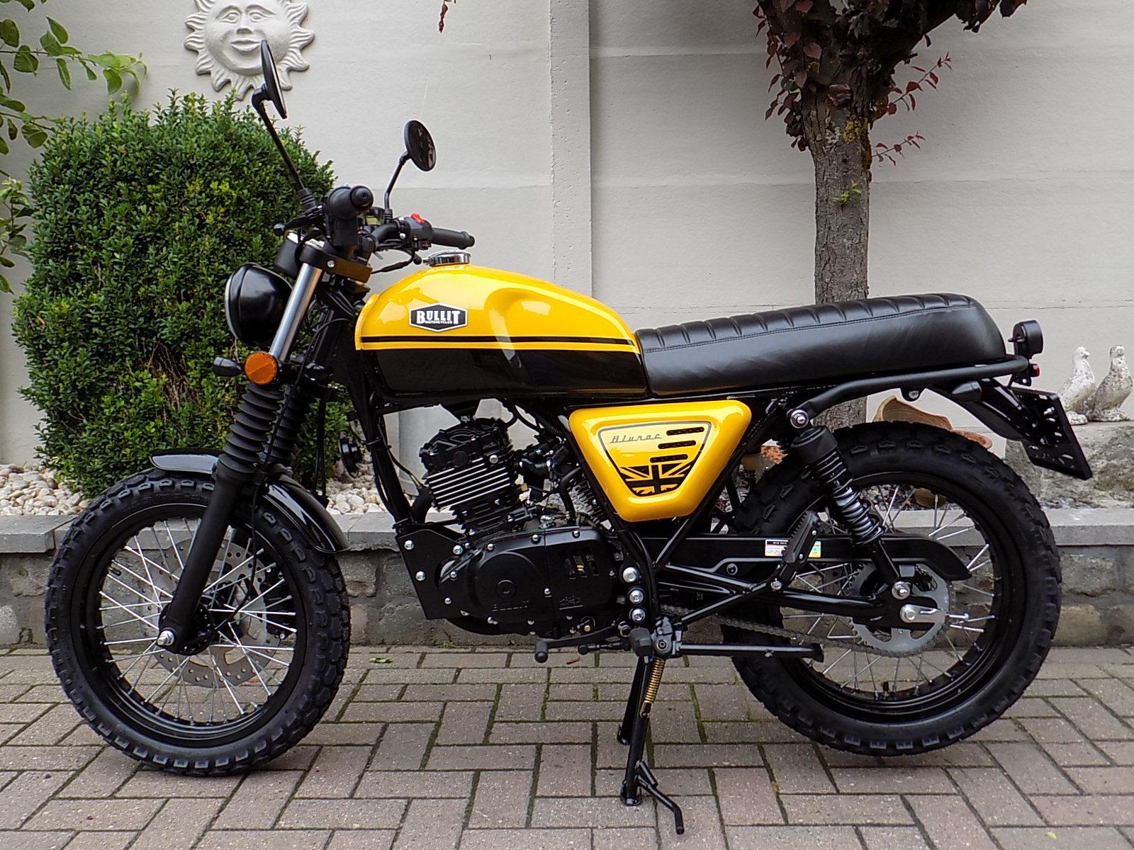 Bullit Bluroc scrambler , café racer moto 125cc CBS (VERKOCHT)!!!