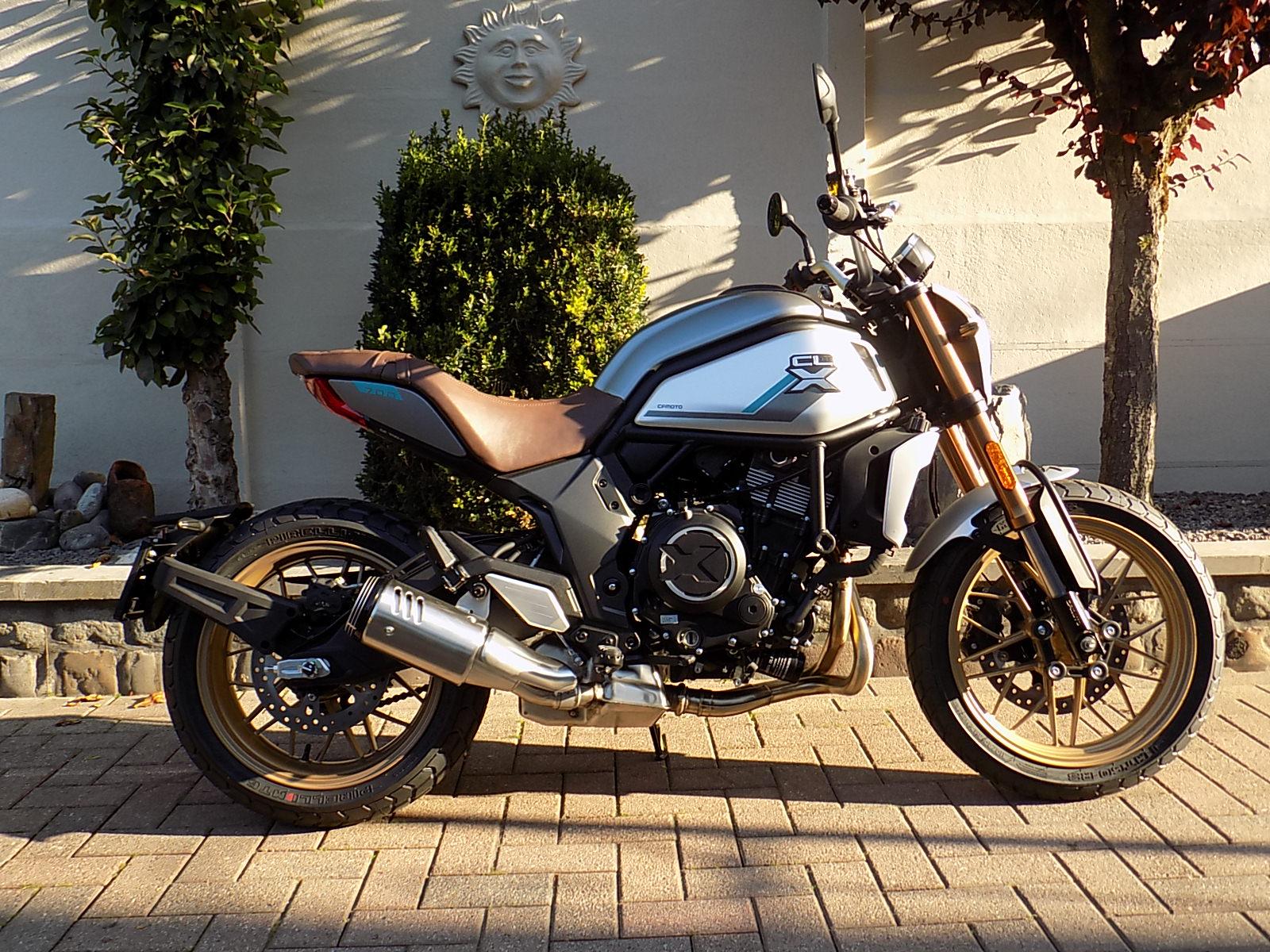 cf moto cl-x 700 (nieuw model)!!